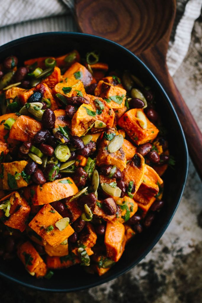 This Chipotle Sweet Potato salad is made of kitchen staples, perfect for that last minute backyard barbecue! #vegan #glutenfree #sidedish #sweetpotatosalad | ketchupandkale.com